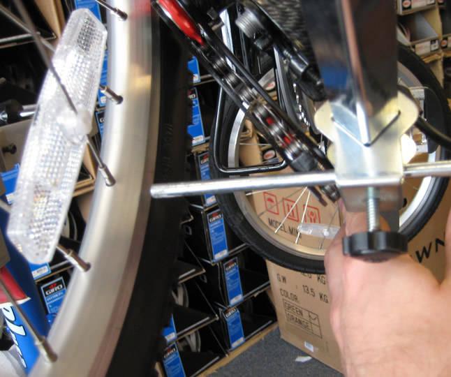 pull-hanger-tool-staighten.jpg