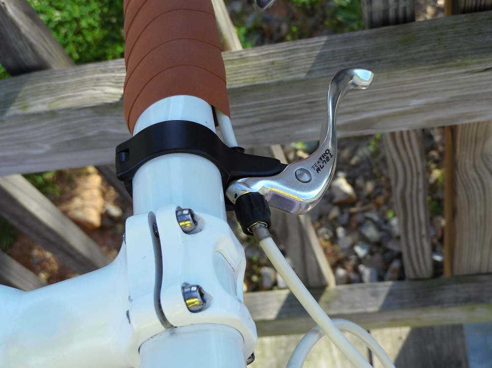 speed-race-tektro-brake-levers-and-stem.jpg