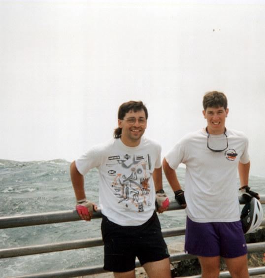 Yan & Sam at Niagara Falls